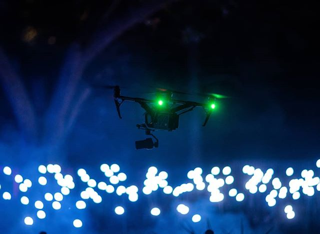 Spotted a drone! I think we have an awesome variety of Oasis photos. #oasisatvivid #vividsydney  Drone from Destination NSW operator during media previews 📸:@williamweii