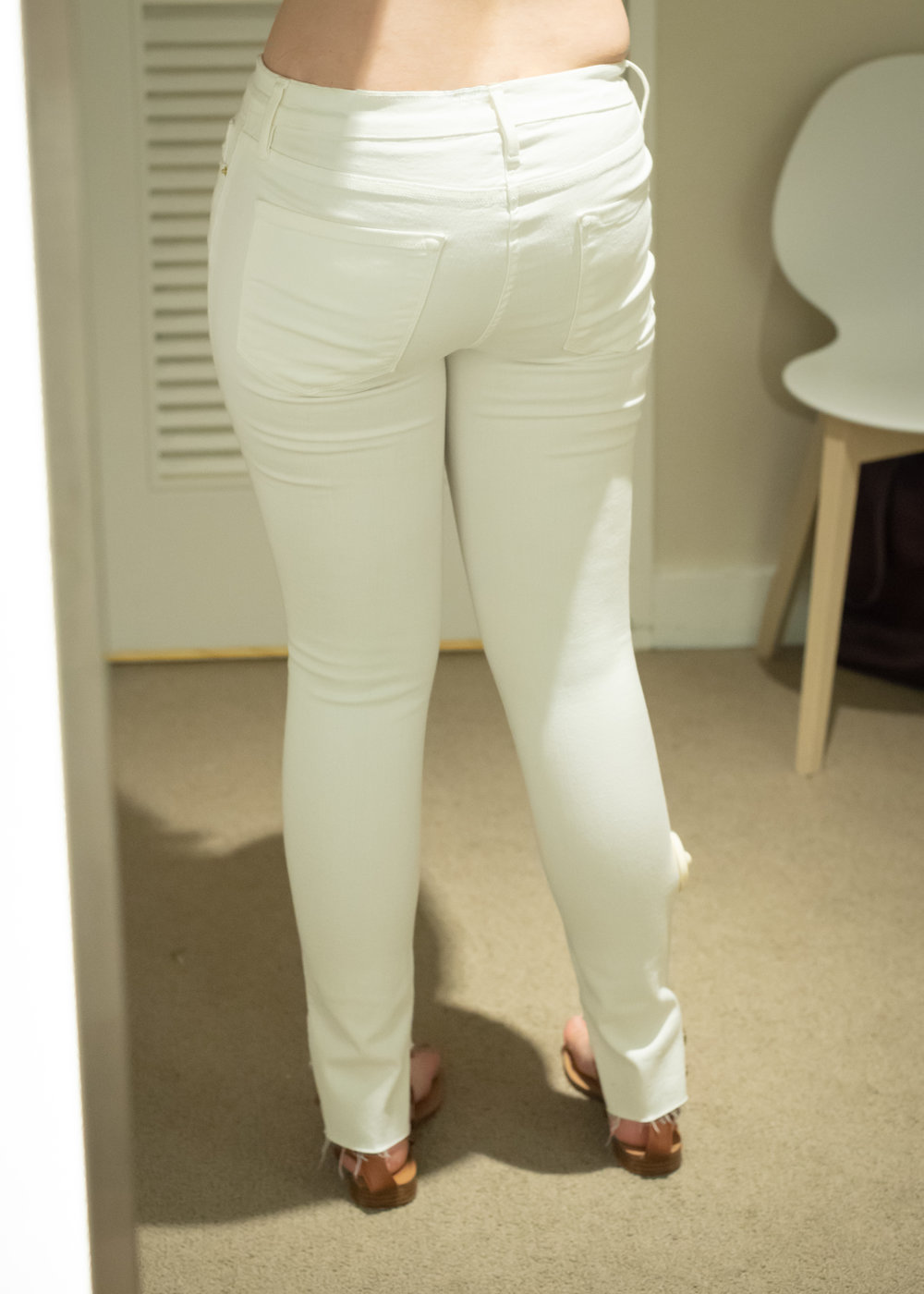 Frame Le Skinny Jeans - Size 28 - Back View
