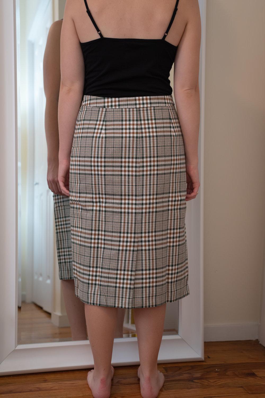 Petite Studio Aurora Midi Skirt - Size Petite M - BACK