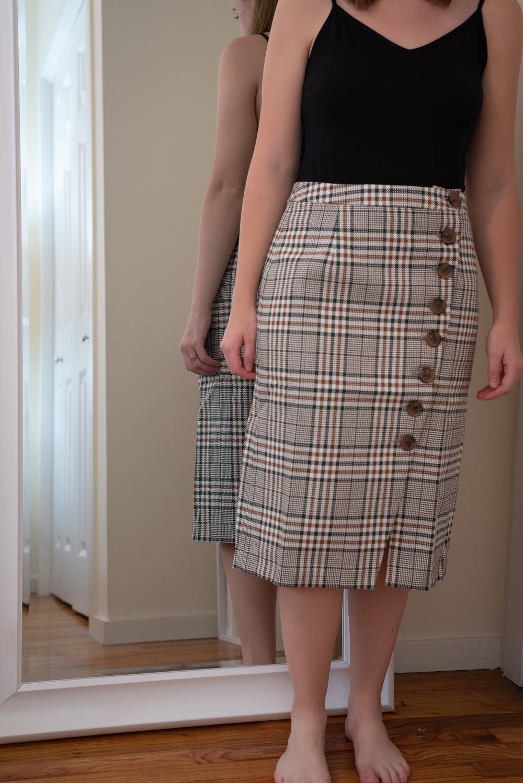 Petite Studio Aurora Midi Skirt - Size Petite M - FRONT