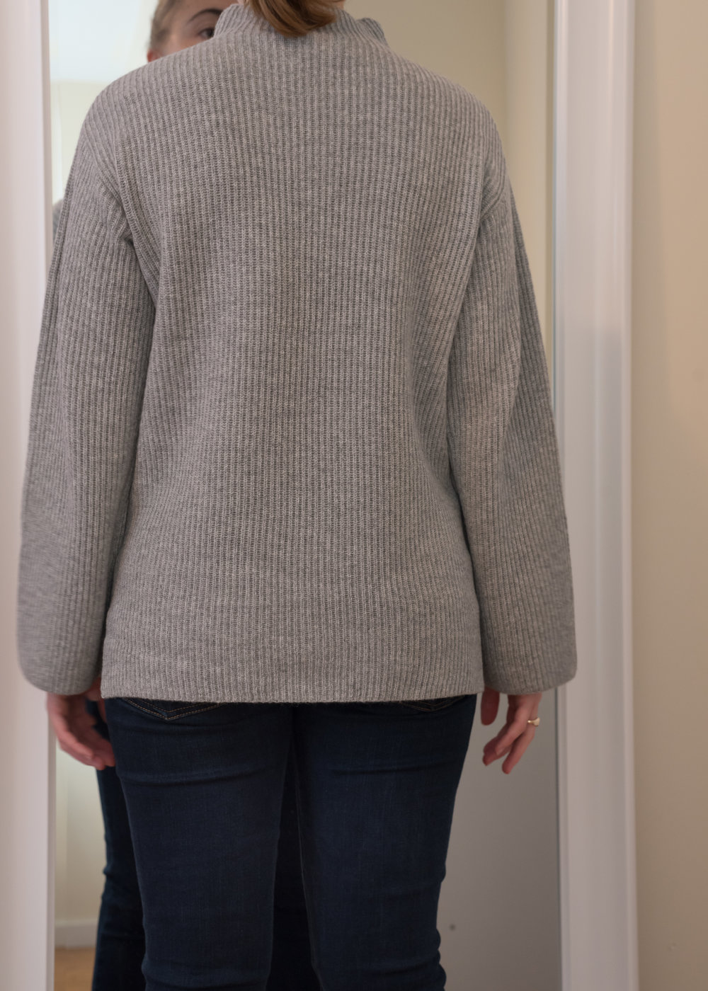 Everlane Cashmere Rib Mockneck Sweater - Size S - Back View