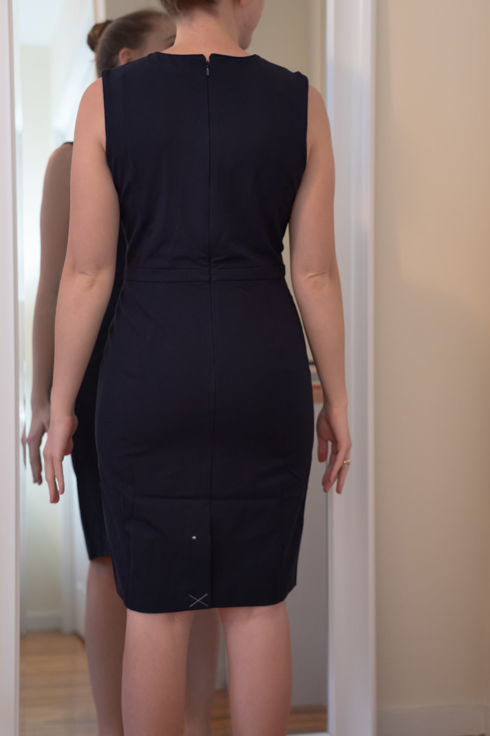 Ann Taylor Petite Seasonless Stretch Sheath Dress - Size 4 Petite
