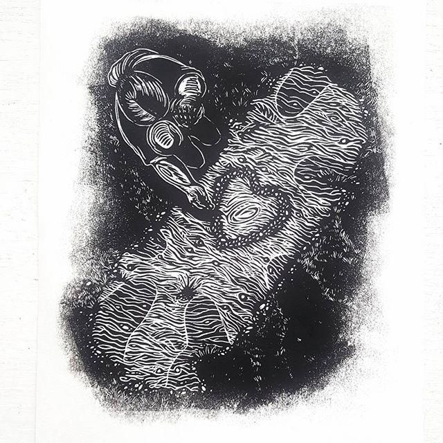 For the abuelita I called by name, when no headstone did.  Because headstones do not speak for buried hearts...the living do.  #printmaking #diadelosmuertos #dayofthedead #honoringtheancestors #buriedhearts #unmarkedgrave #abuela #linocut #lino #linoleum #blockprint #gravura #grabado #reliefprint #forcarmen