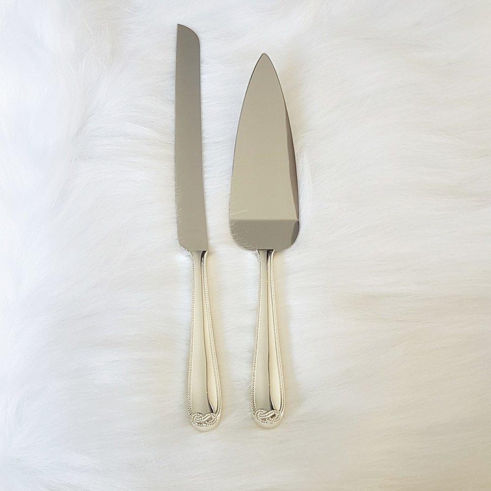 Vera Wang Infinity Knife Set  $20