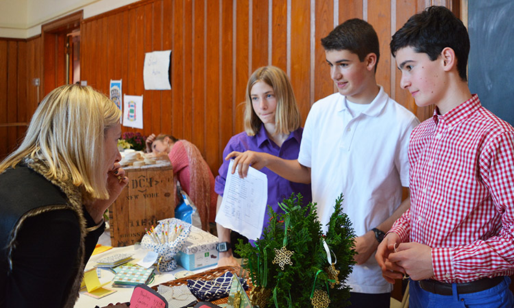 8th grade boys holiday fair 2016_sm.jpg