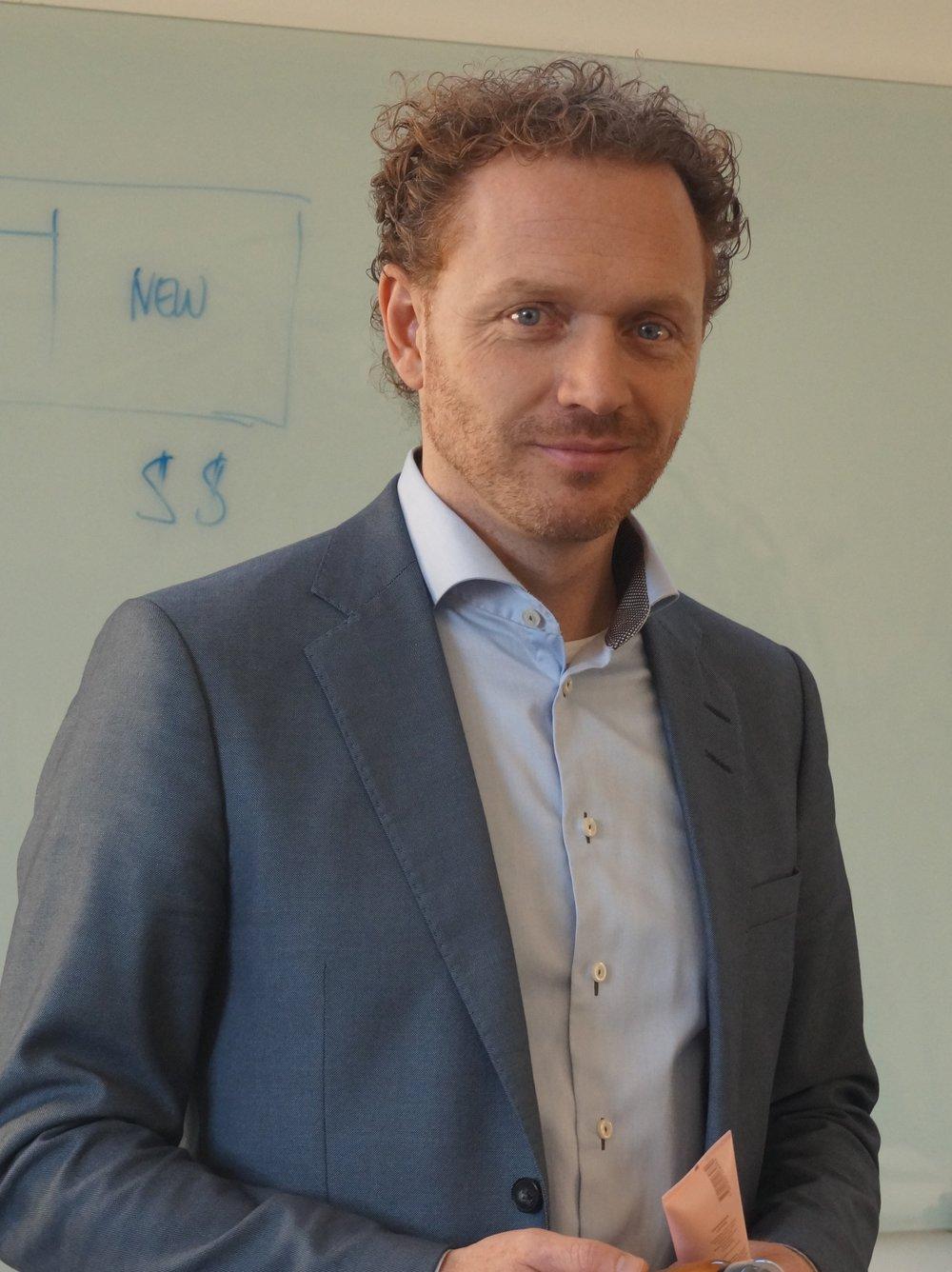 Lars Blak                              VD                               Paragon Nordic