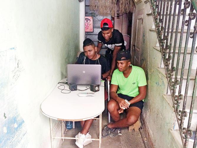 3048163-slide-s-1-cuba-offline-internet.jpg