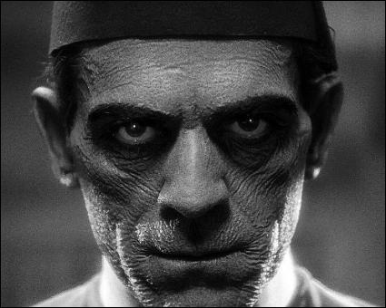 Mummy,_Boris_Karloff_(1932).jpg