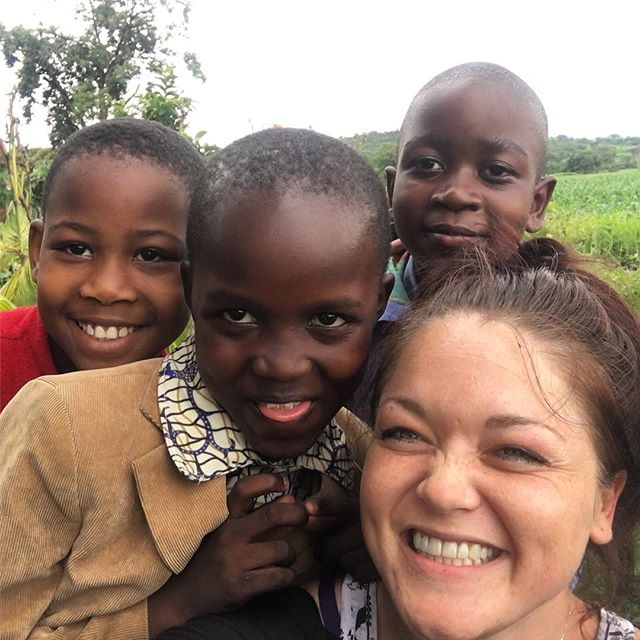 Home visits for these cuties. Rosie, Godlisen and Juma. What a lovely, lovely day. #usariver #tanzania #africa #myhappy #darlings #home #love