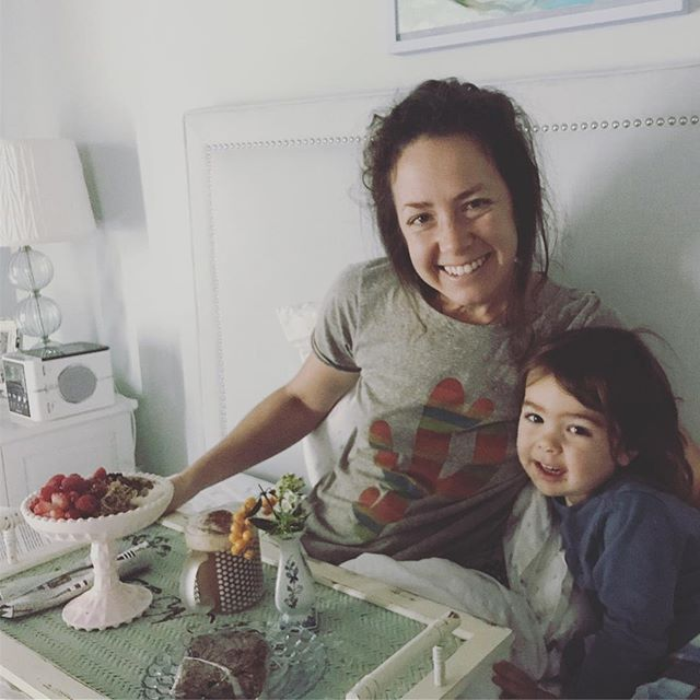 In my wife and mom role, I give all the time. It defines my life experience right now. Im realizing that my boys need to see more of me receiving. And that they can experience themselves as givers. Grateful my mom was up for helping them create a wonderful #breakfastinbed