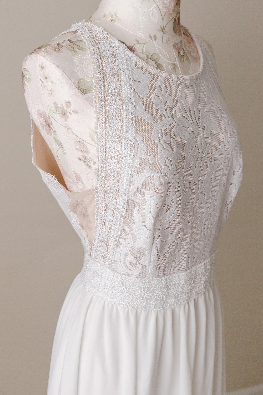 Studio Gown 14 (Details)