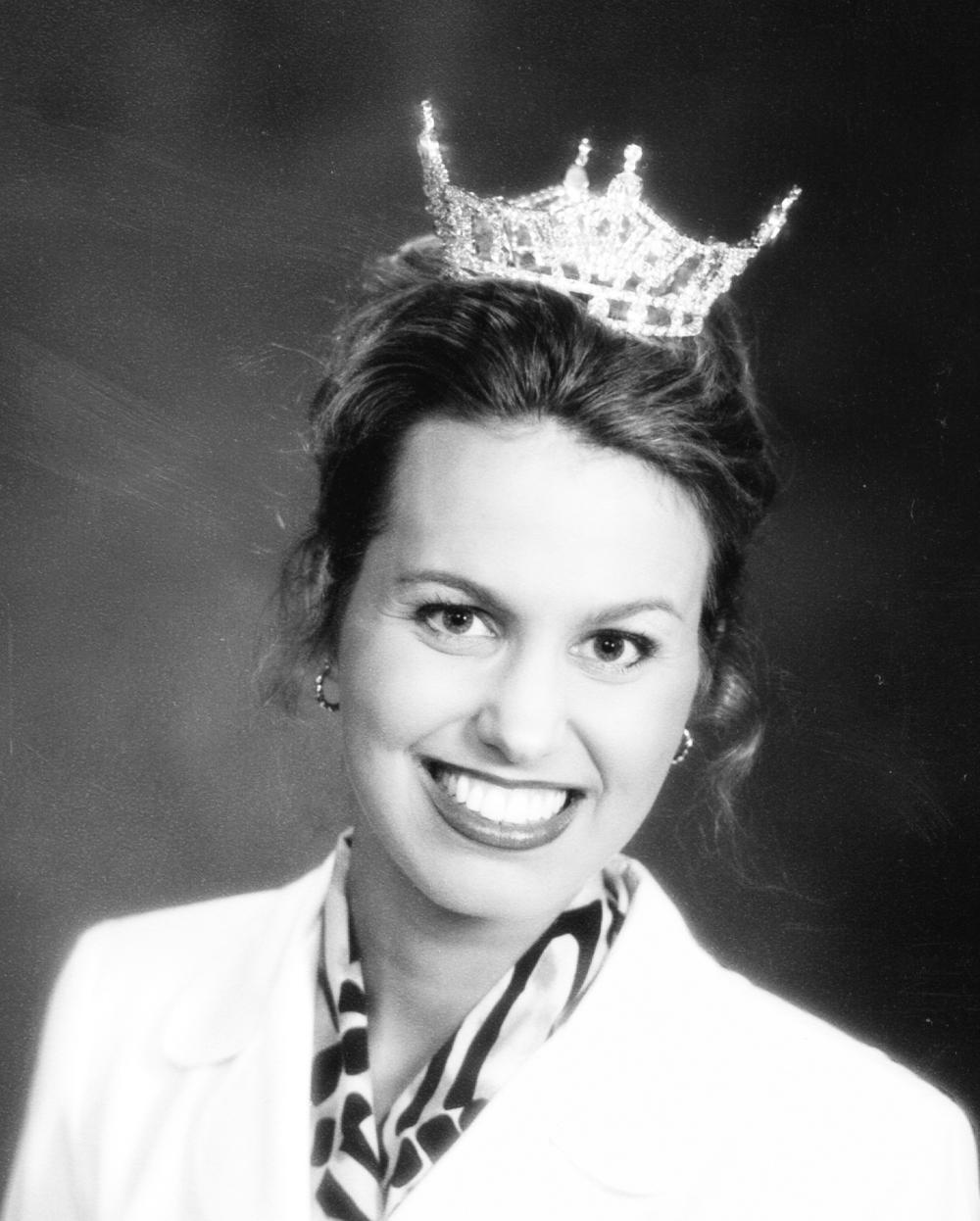1998-99 Sonja Gedde.jpg