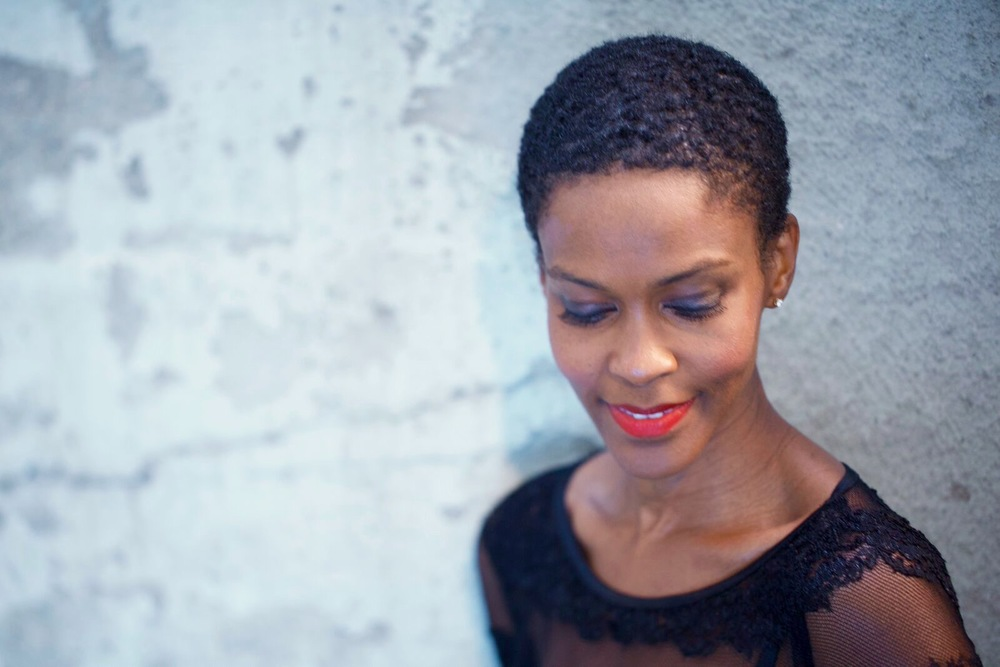Watch Kim Hawthorne video