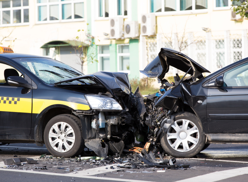 Cars accident at city road.jpg