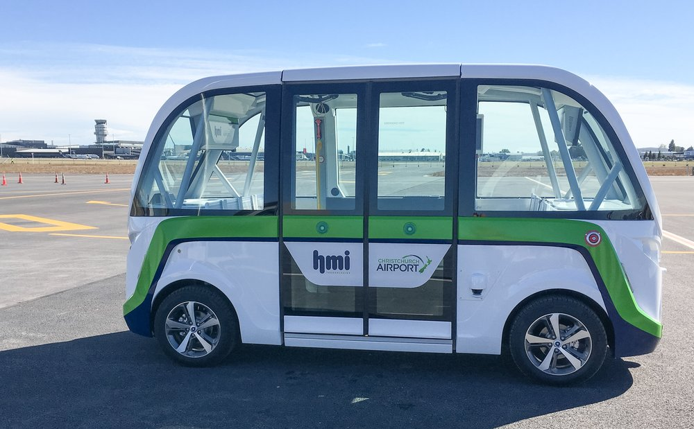 The fully autonomous electric smart shuttle at christchurch airport (image credit: christchurch airport)