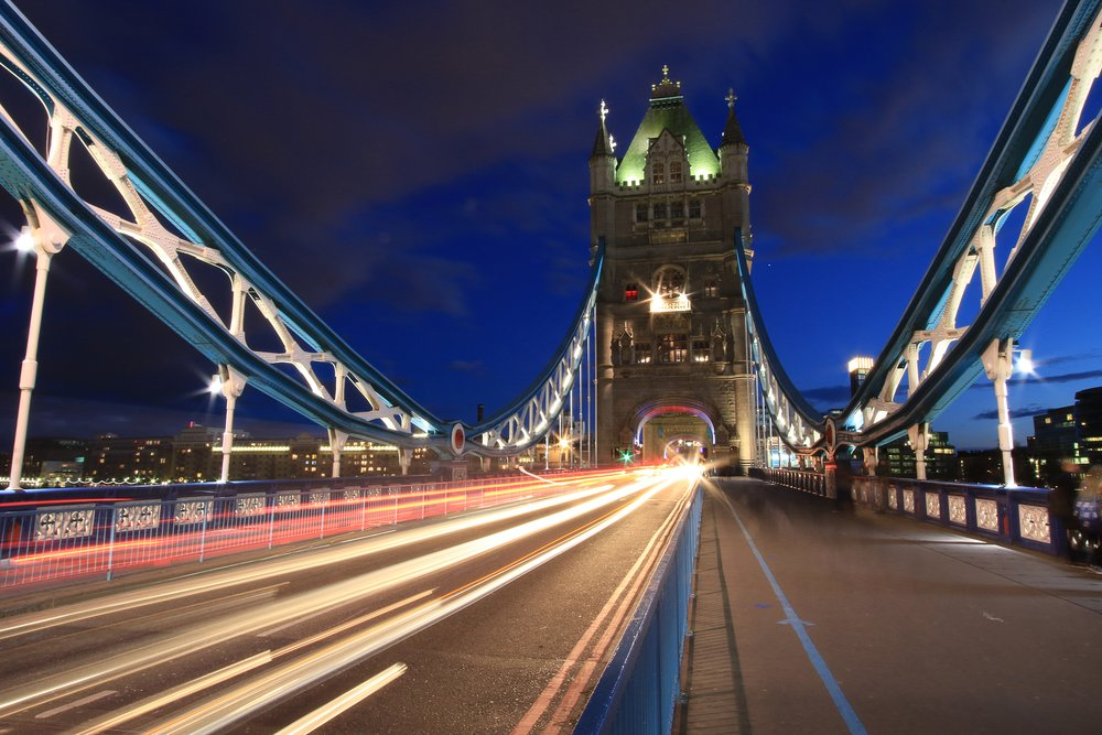 cars-driving-over-tower-bridge.jpg