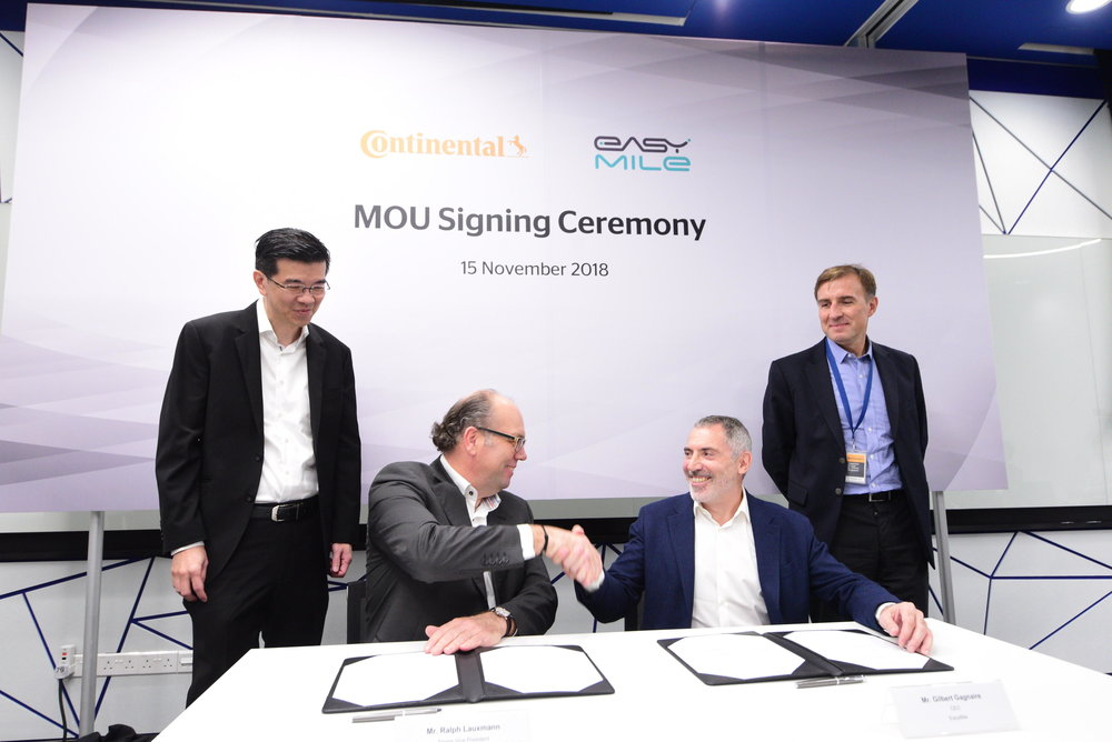 Continental's Ralph Lauxmann and EasyMile's Gilbert Gagnaire sign MoU on autonomous driving R&D