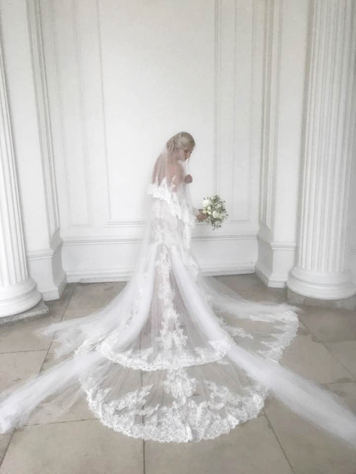 kensignton palace wedding dress