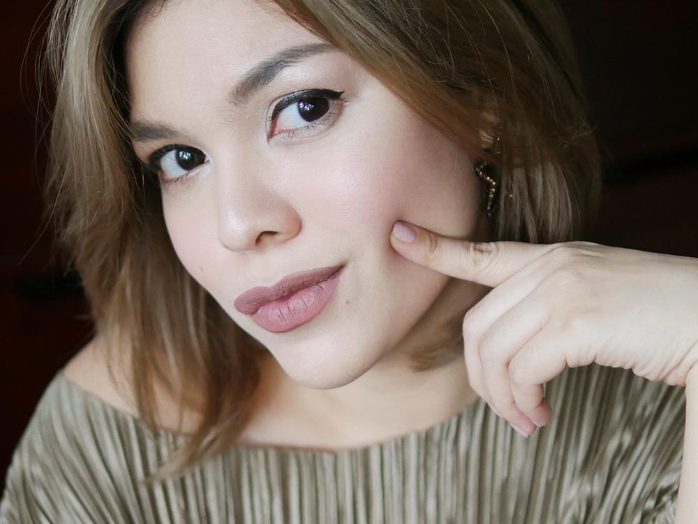 Flawless_Oil_Free_Makeup.jpg