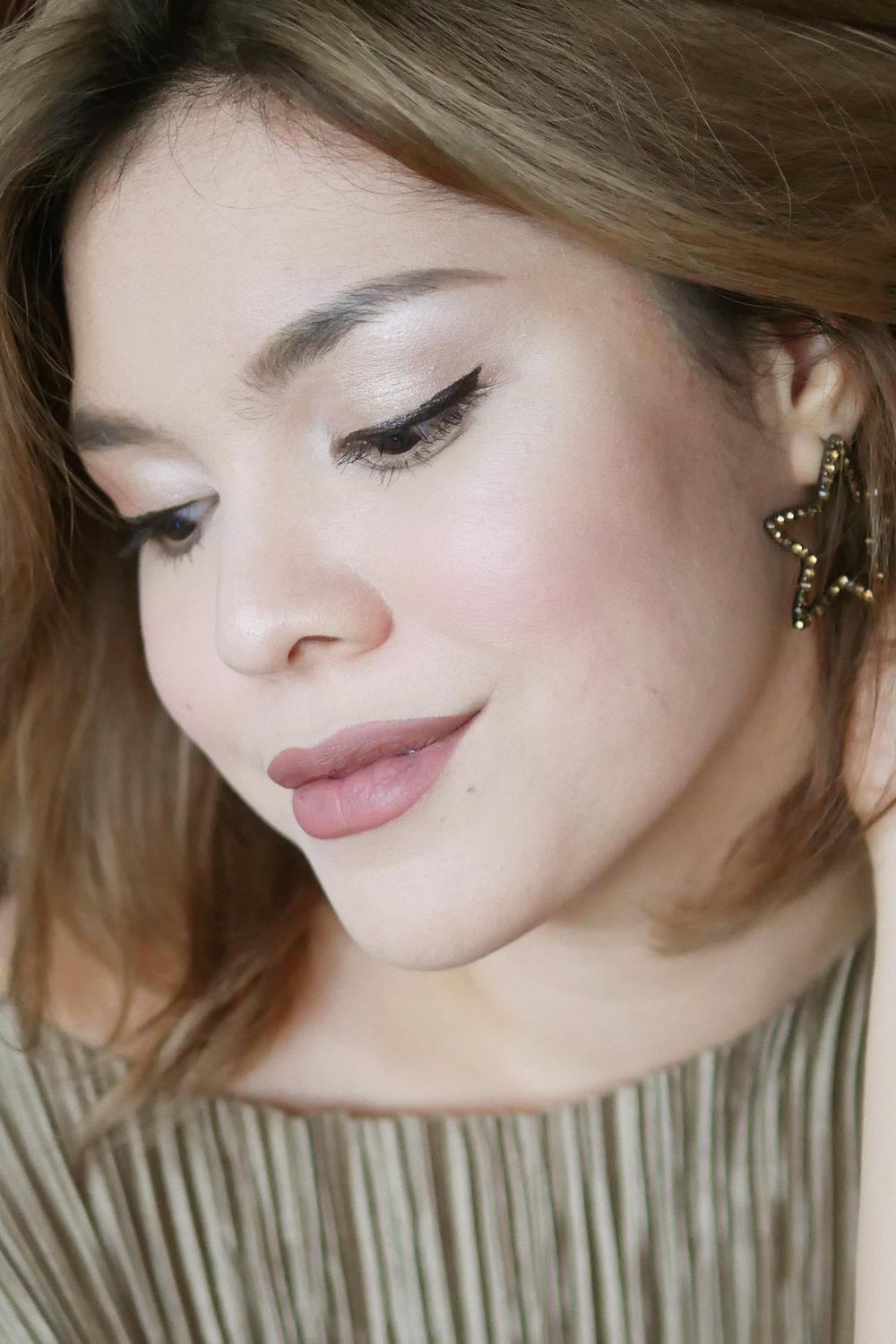 Flawless Oil-Free Makeup.jpg