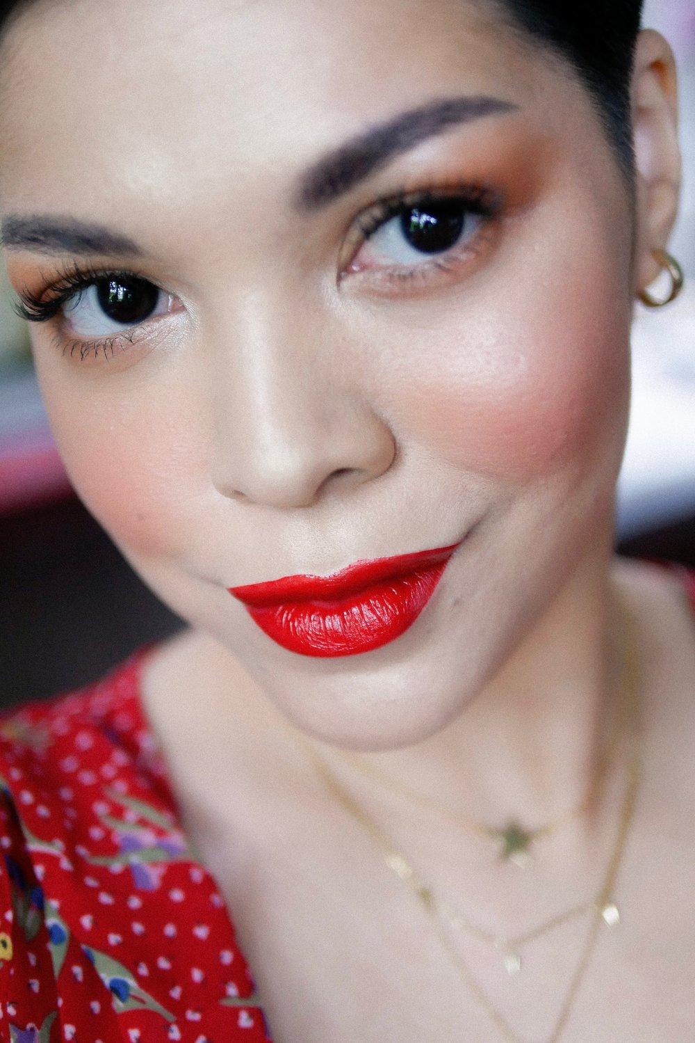 Di sini aku menggunakan  SYCA Lip Tint  shade 01. Red Rose