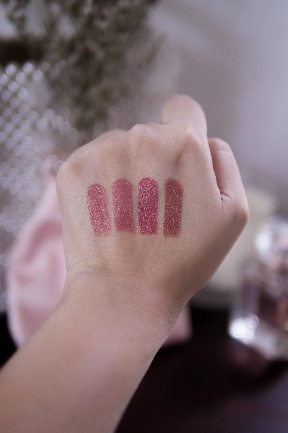 Lune Skin Semi Matte Lipsticks No.01 Oui ,  No.02 Amour ,  No.03 Chérie , dan  No.04 1995  (dari kiri ke kanan).