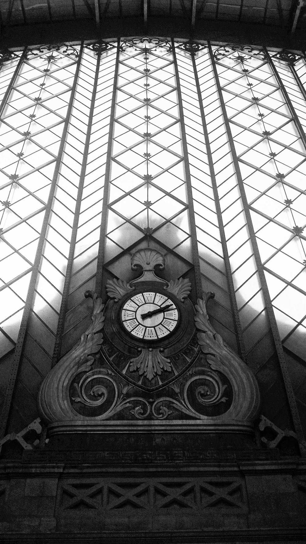 OG-Madrid_Atocha_Station_Vertical-Madrid_Spain-062015-BW-WEB-1500.jpg