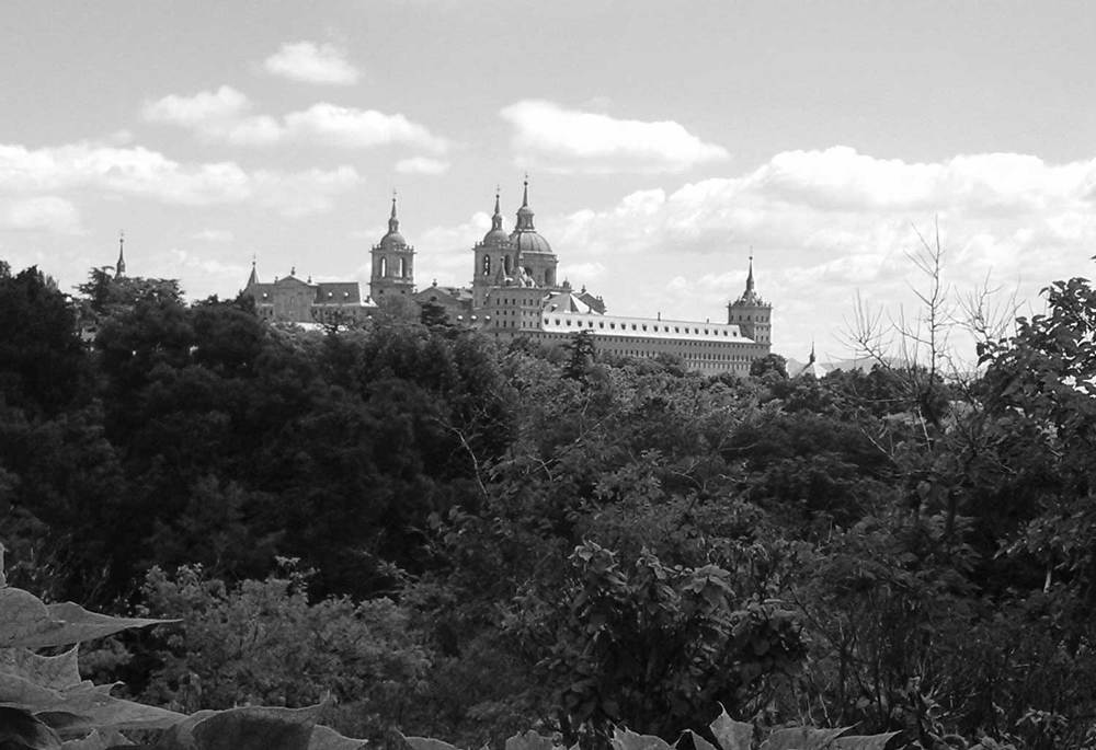 OG-monastery_el_escorial_Distant_Madrid_Spain-062015-BW-WEB-1500.jpg