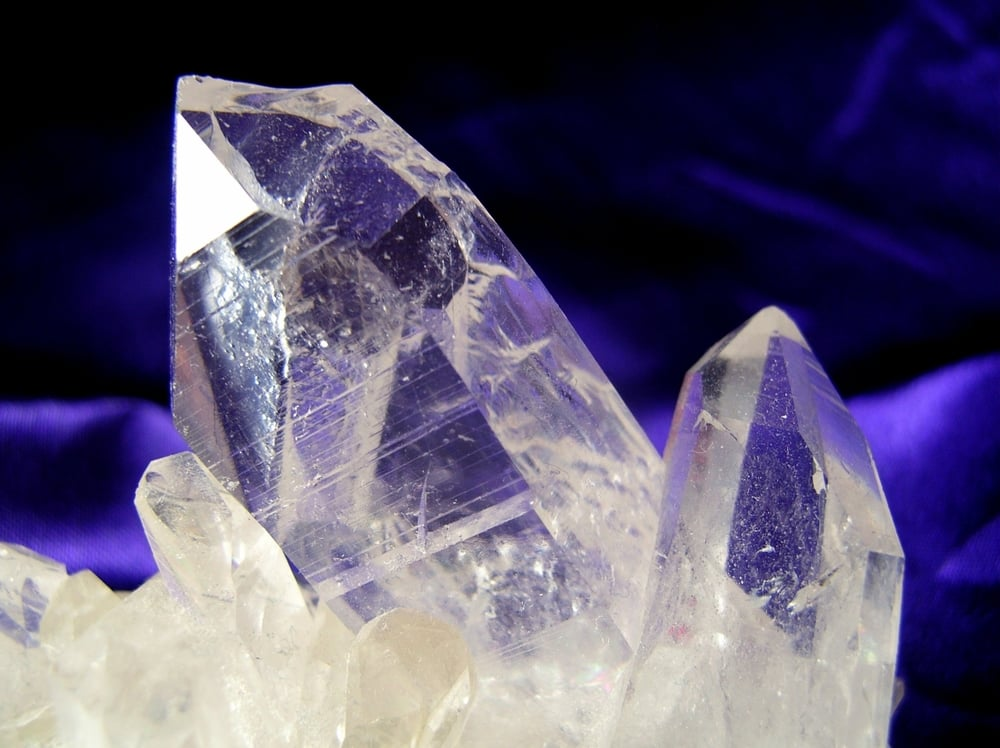 live64796_line-of-healing-crystals.jpg