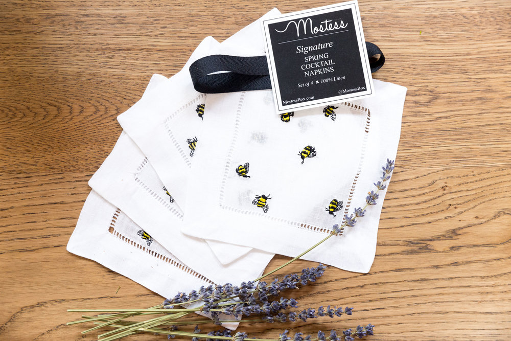 Entertaining made beautiful with these 100% linen Bumble Bee cocktail napkins from the Mostess Celebrate Spring Box.