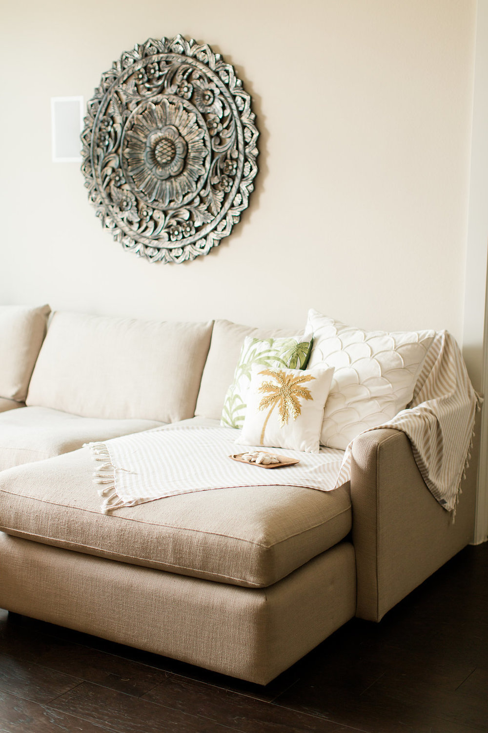 Mostess_Living_Room_Couch_Throw