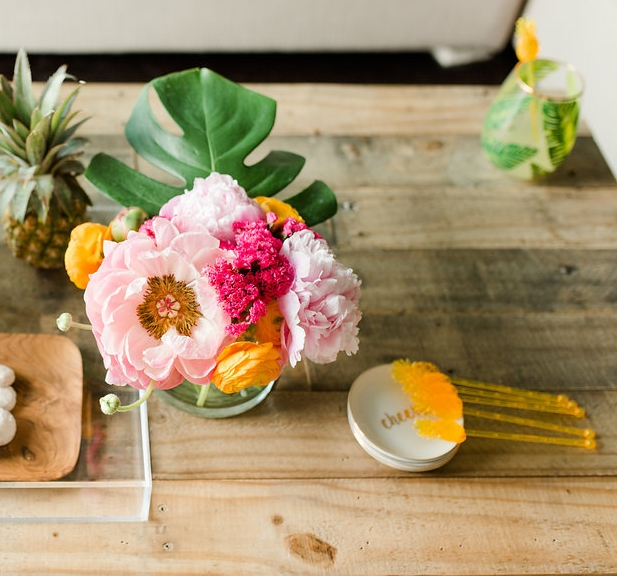 Mostess_Styled_coffee_table_summer