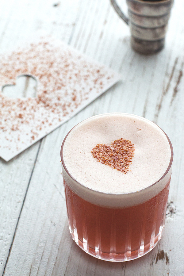Valentine's Day Cocktail via  Honestly Yum