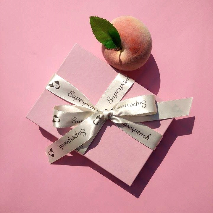 Superpeach gift wrapping