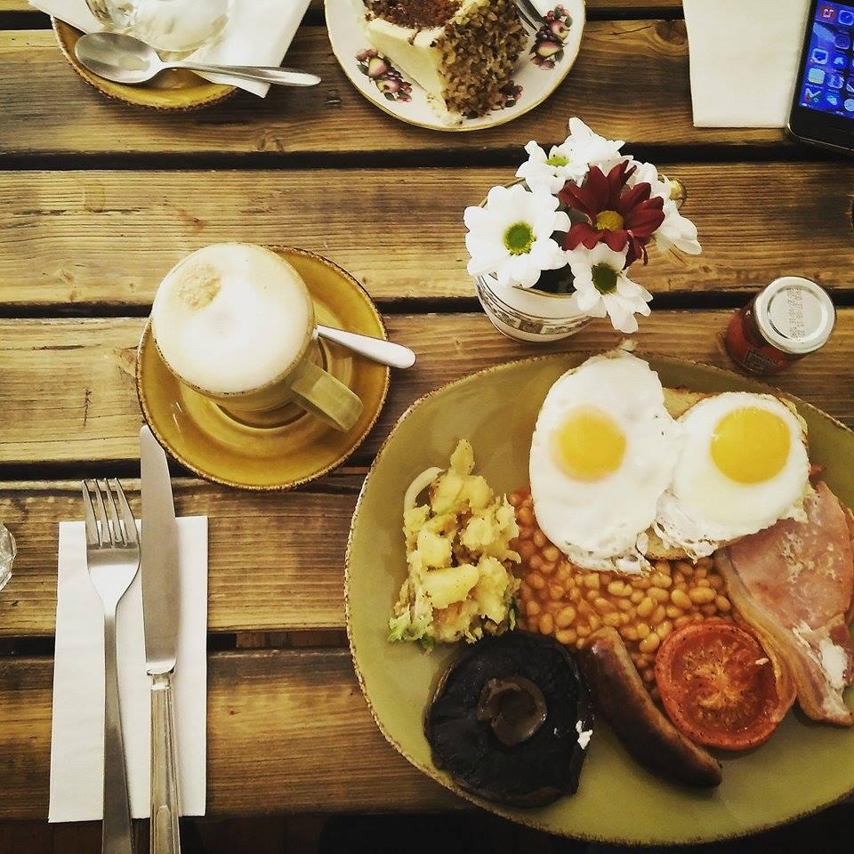 Superpeach coffeee blog full English breakfast