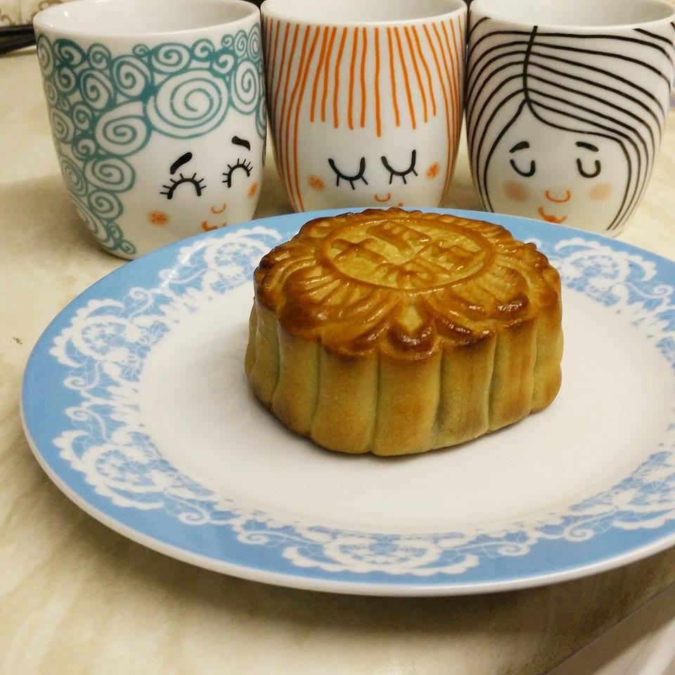 Superpeach Mid-Autumn Festival blog mooncake and tea