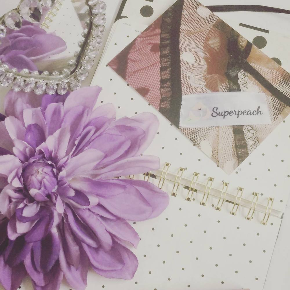 Superpeach blog - My experience workinging with bloggers - Superpeach postcard
