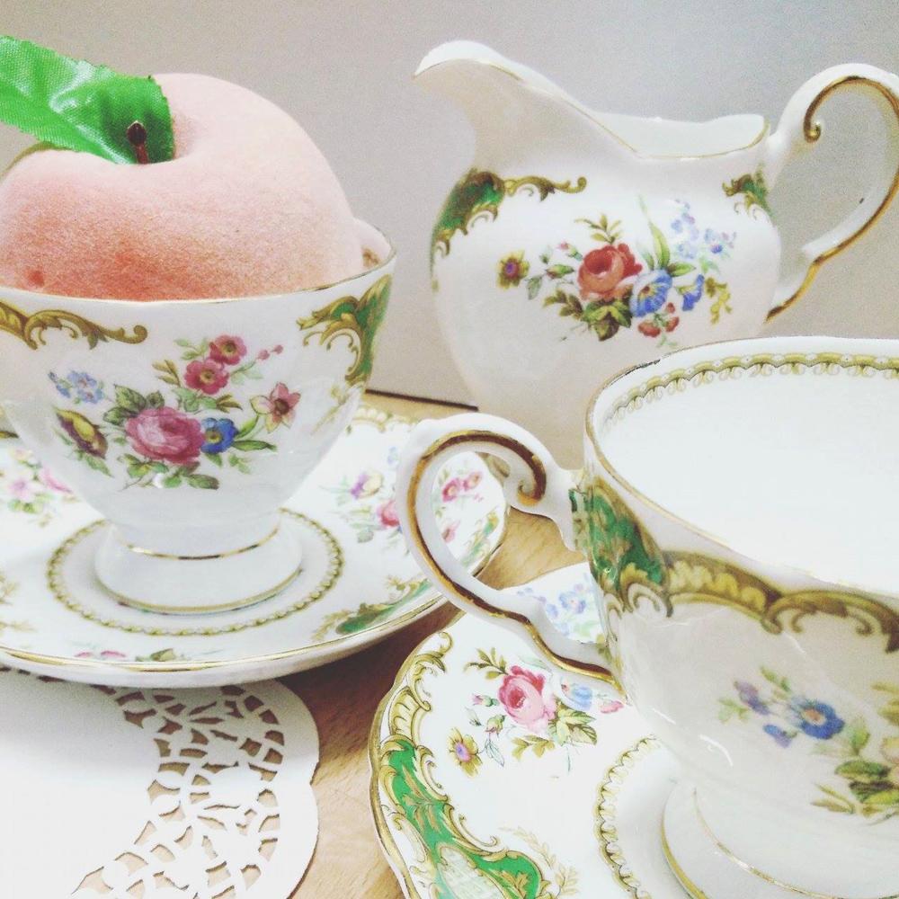 Superpeach fun facts blog - peaches tea set