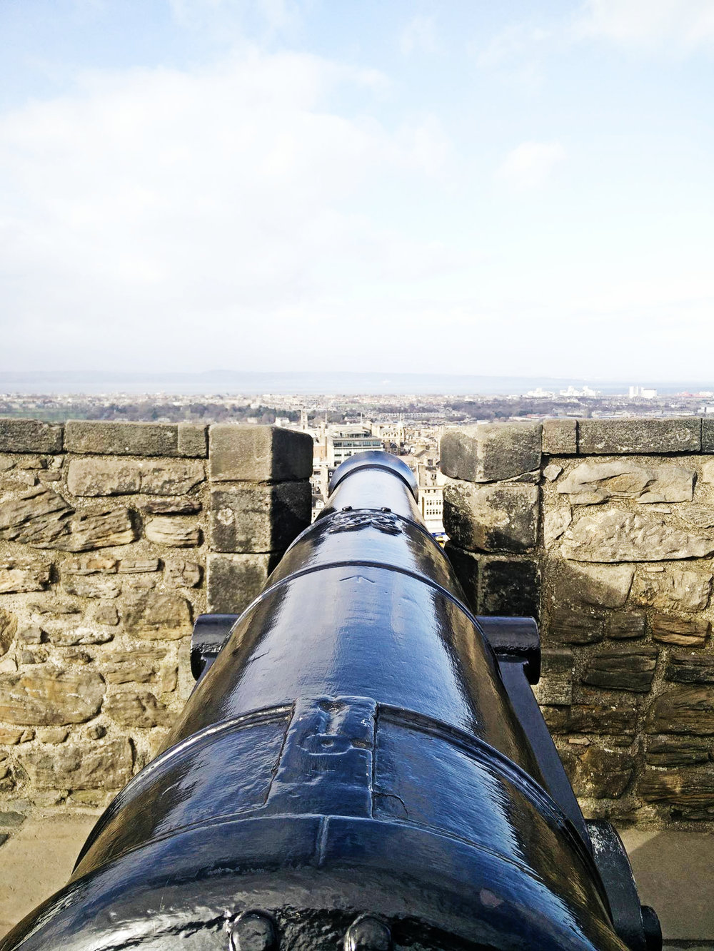 Edinburgh Charm 30