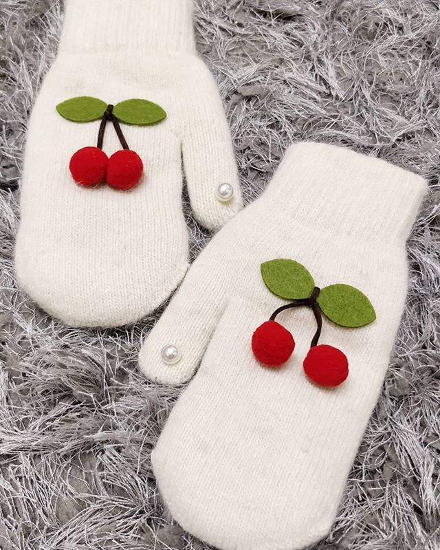 The best way to stay warm is to wear super cute cherry gloves 🍒 - trust us 🥰! Click to shop 🛍️. Free delivery over £20 🎁.