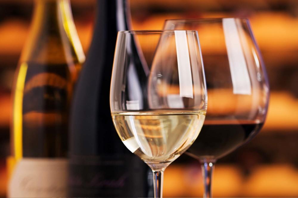 apadana-wine