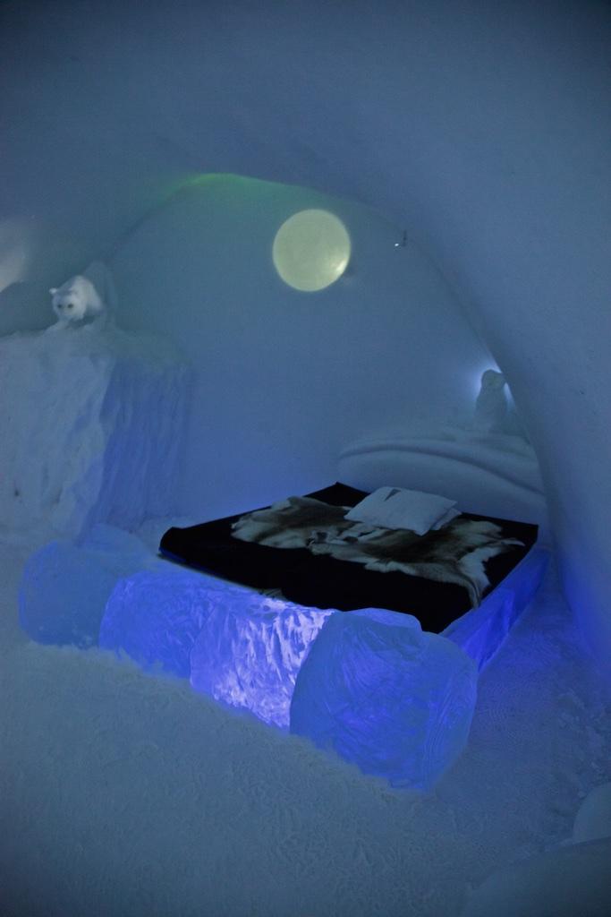 Room 7, Ice Hotel, Jukkasjärvi, Sweden.