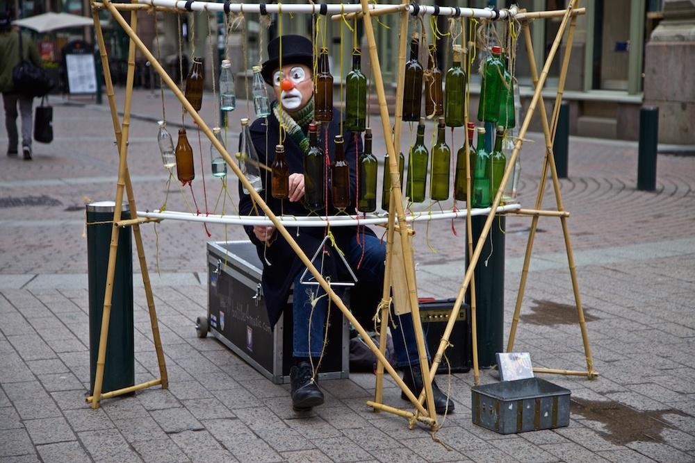 A Russian bottle virtuoso in Helsinki.