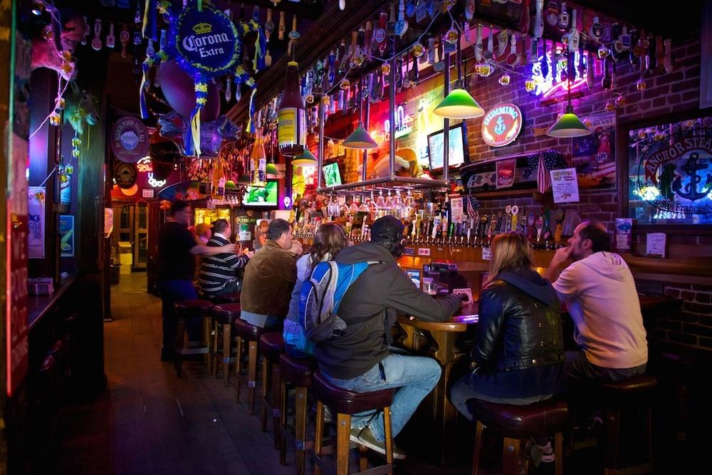 A colourful bar life. San Francisco, USA.