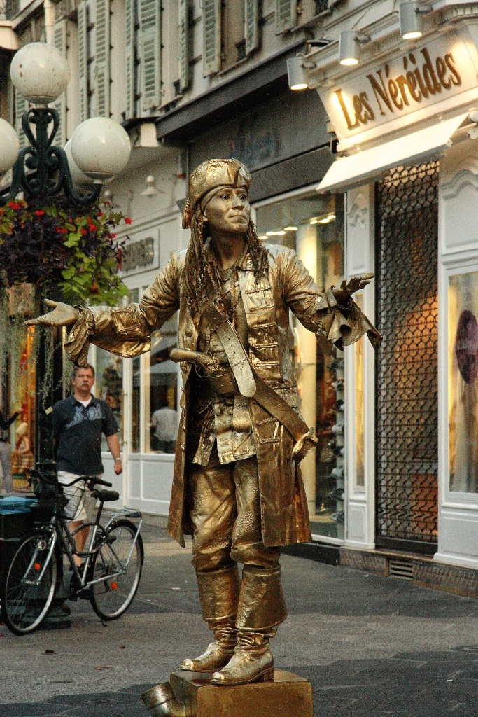 Golden pirate. Nice, France.