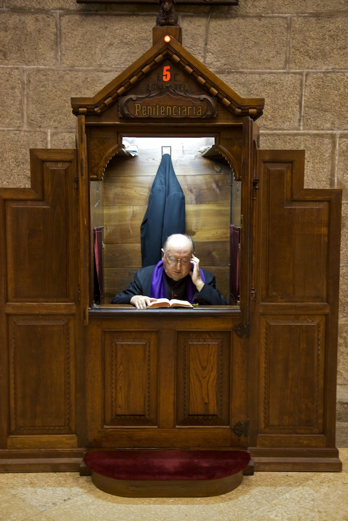 Waiting for the next confession. Santiago de Compostela, Spain.