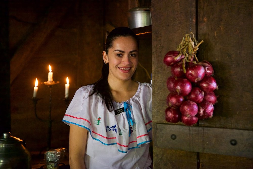 - People, Customs & Crafts: Not garlic for vampire protection, but onions to welcome guests with the promise of food and hospitality. Costa Rica.