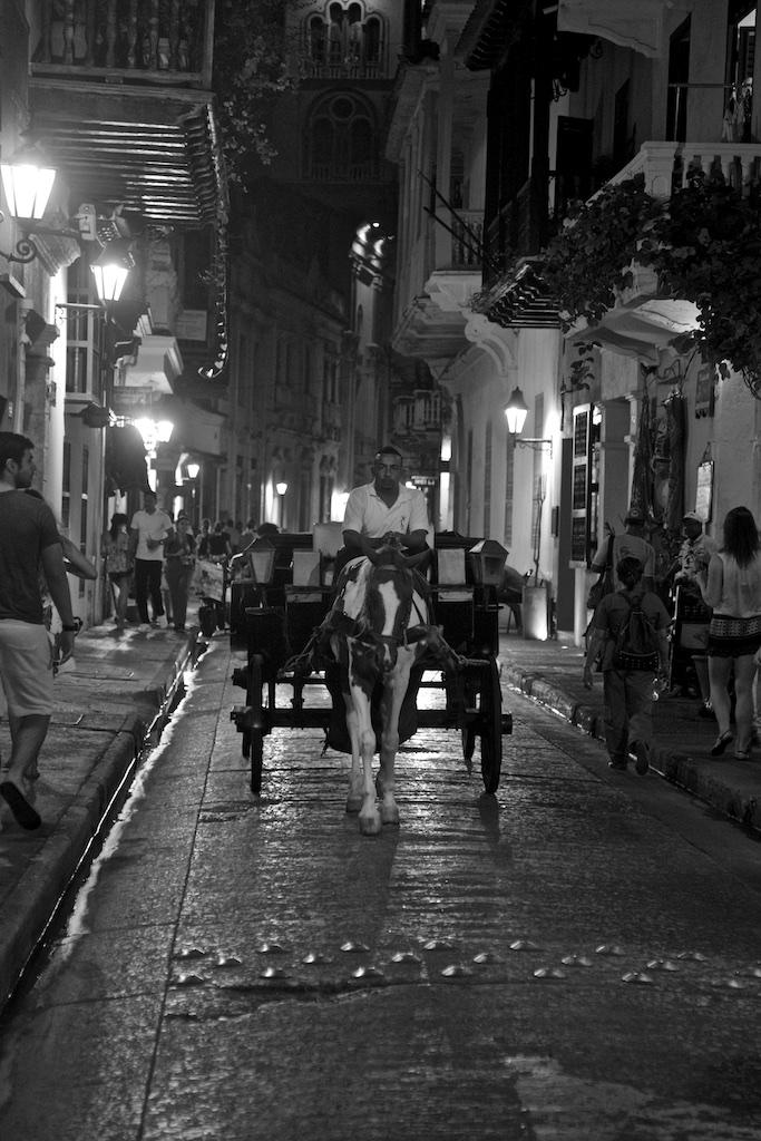 Nightshift under the balconies of Cartagena de Indias, Colombia