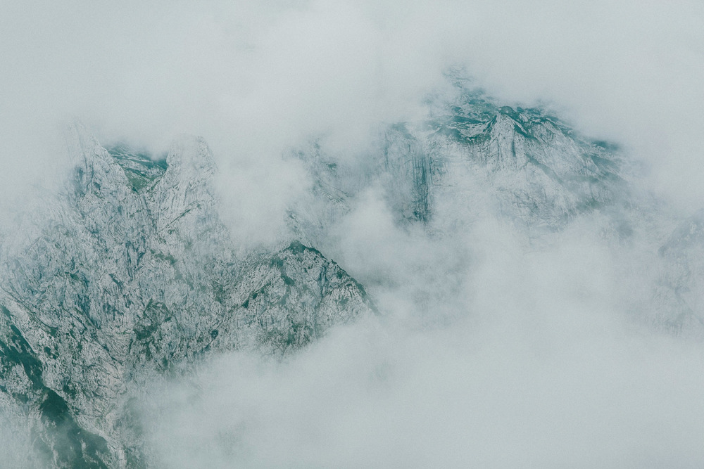 Foggy mountain peaks | Katch Silva