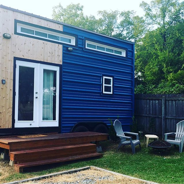 """185 sq ft eco friendly home with everything you need!"" Loved having you, @elizabeach! Thanks for the 📷! #NashvilleTinyHouse"
